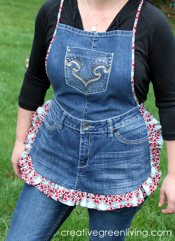 FARM GIRL APRON TUTORIAL FROM RECYCLED JEANS from Creative Green Living