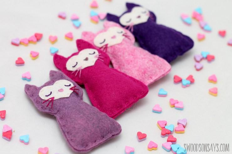 wool-felt-stuffed-animal-sewing-pattern.jpg