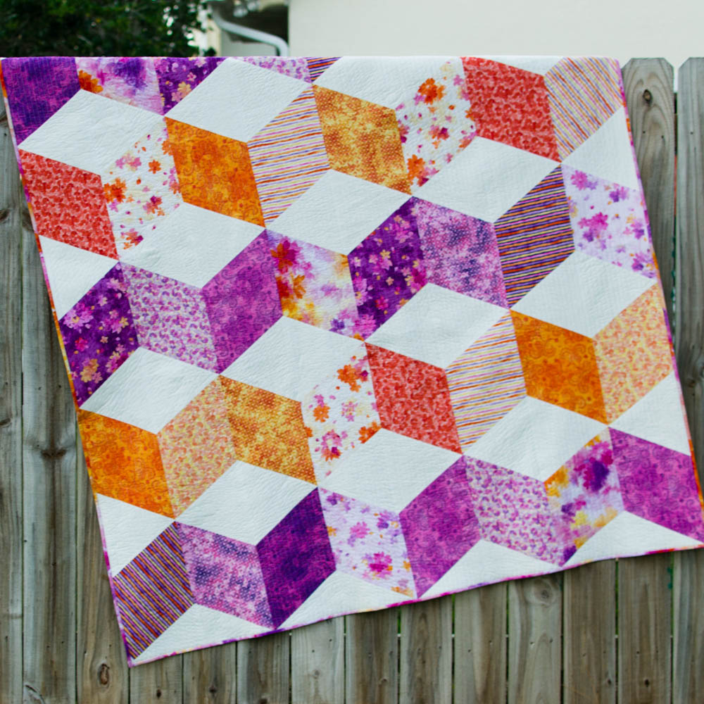 Sparkle quilt free pattern for a gorgeous zig zag quilt since the pieces are all fairly large an experienced quilt maker could easily piece this quilt top in a day jeuxipadfo Gallery