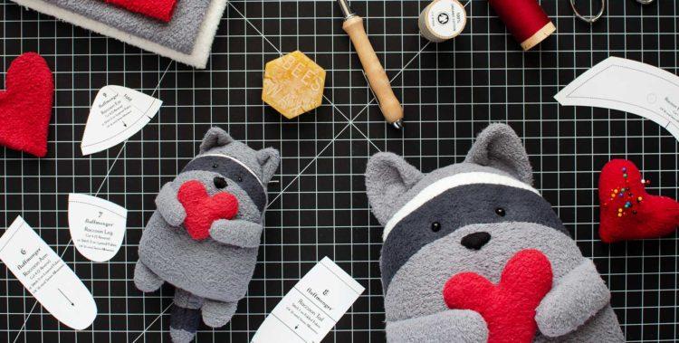 blog-Main-photo-raccoon-sewing-pattern-750x379.jpg
