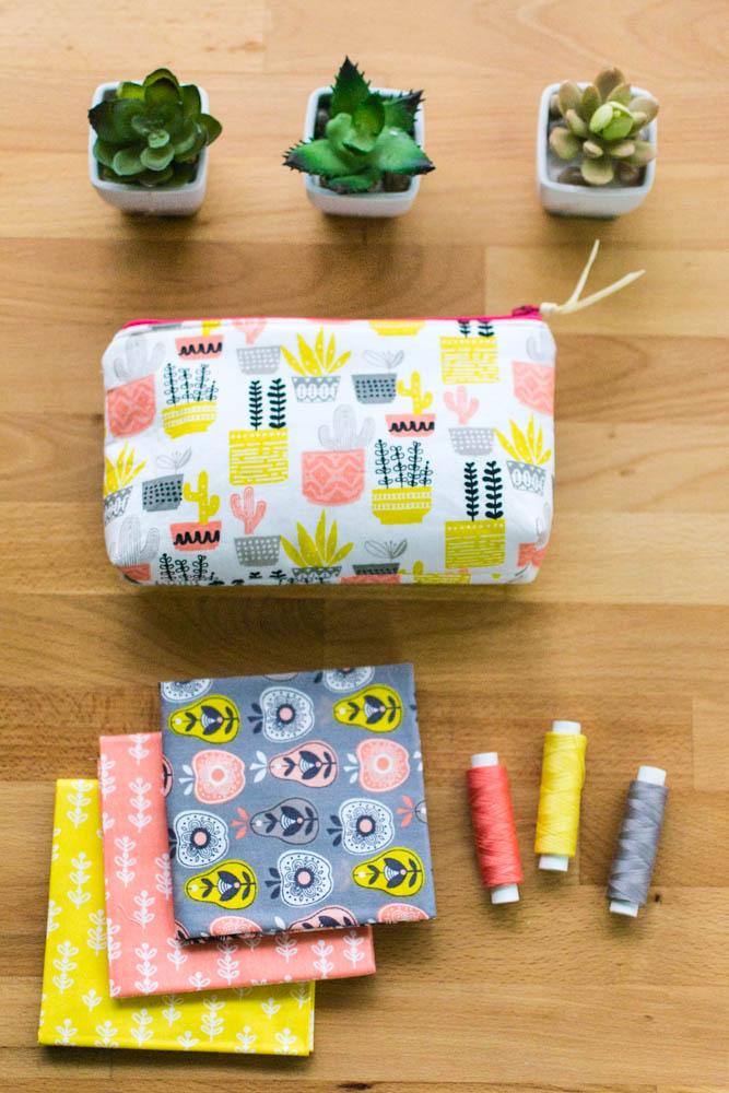 zipper pouch sewing tutorial.jpg