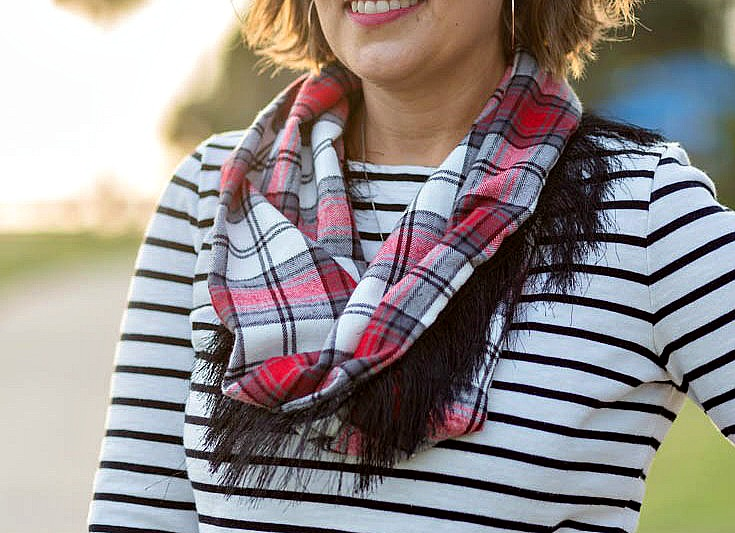 Friday Spotlight Shellys Cute Flannel Scarf With Fringe To Make It