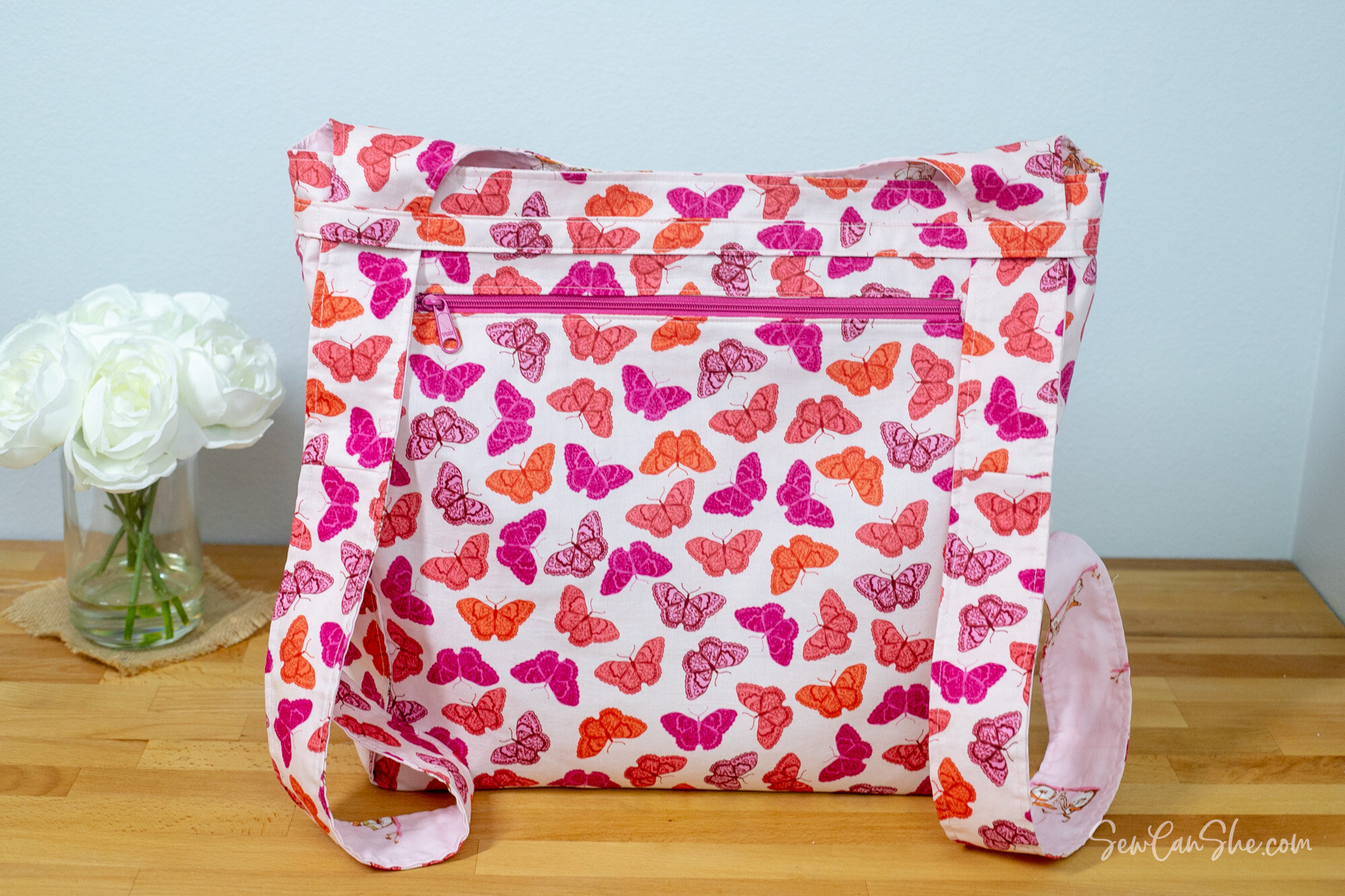 Sew A Convertible Backpack Tote Free Sewing Pattern Sewcanshe Free Sewing Patterns And Tutorials