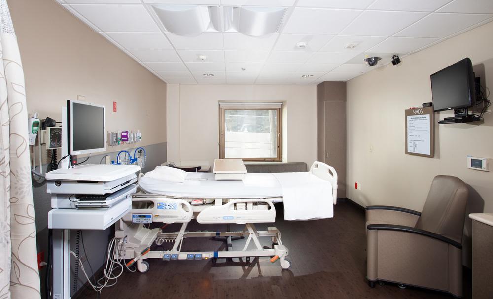 Patient Room-2.jpg