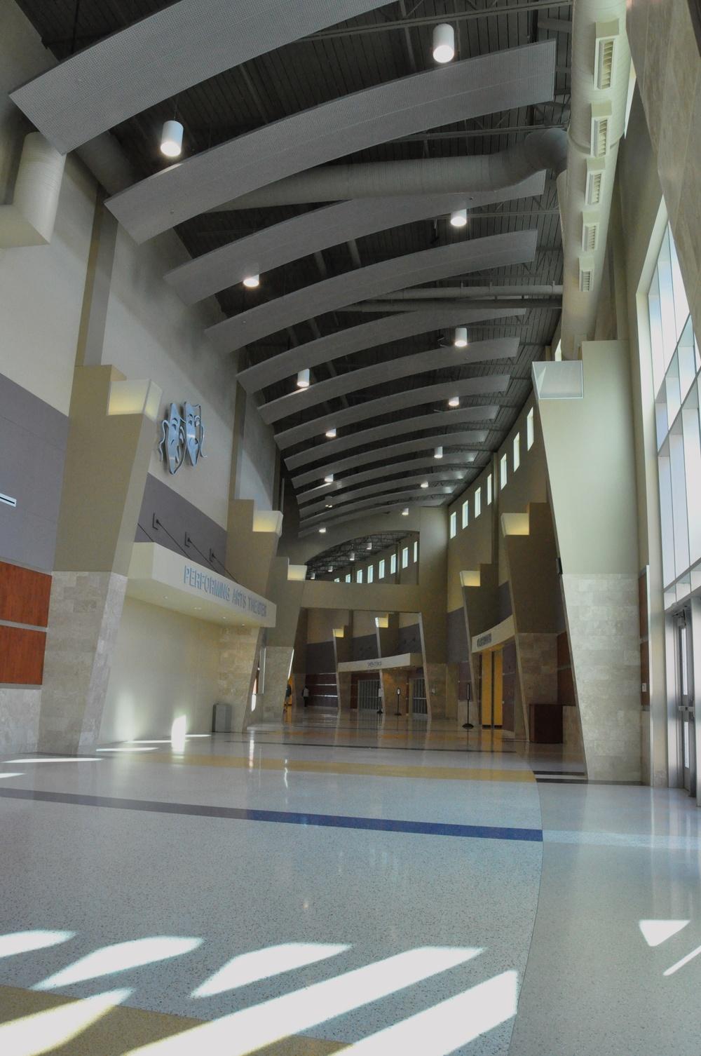 commons_corridor15.jpg