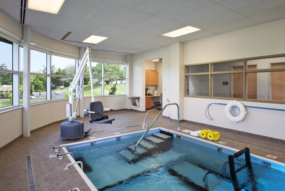 Interior - Therapy Pool.jpg