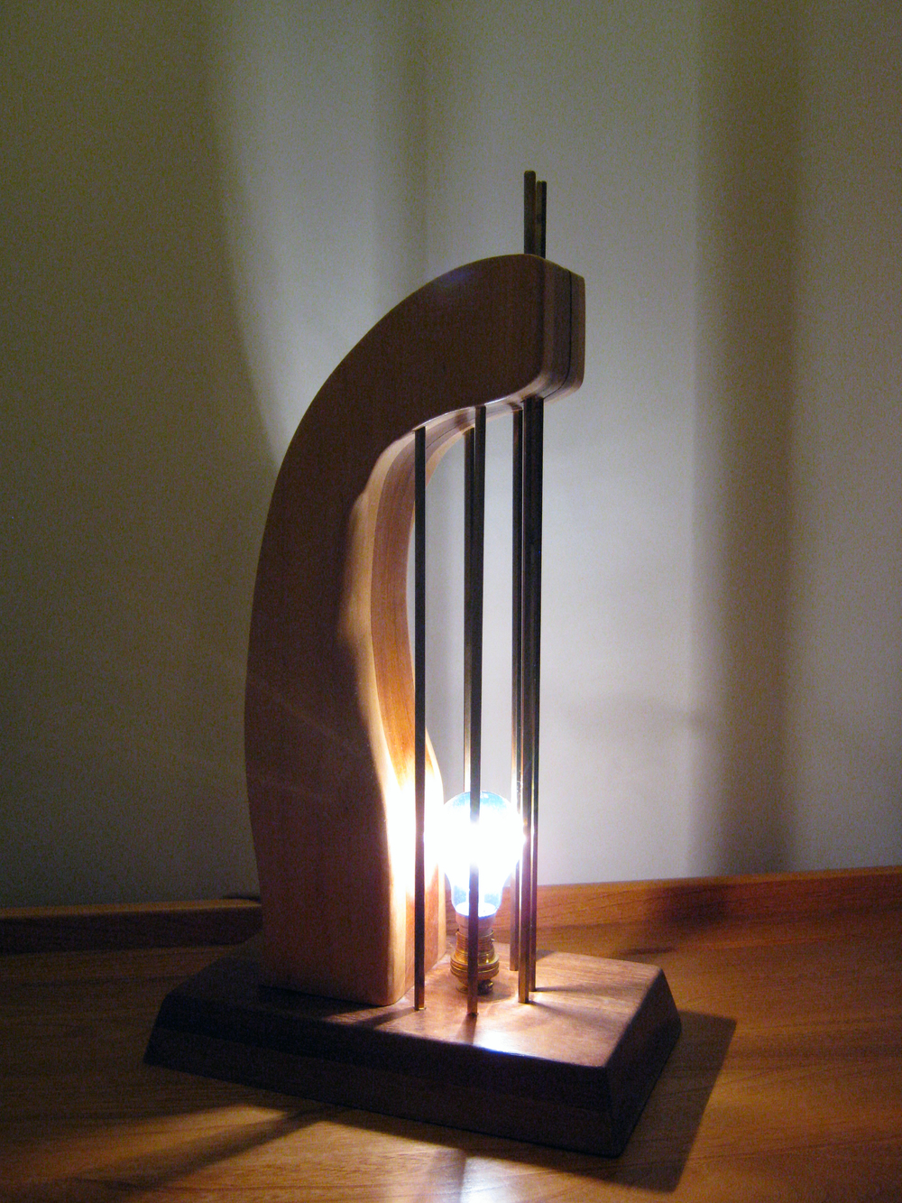 Original Curve Lamp