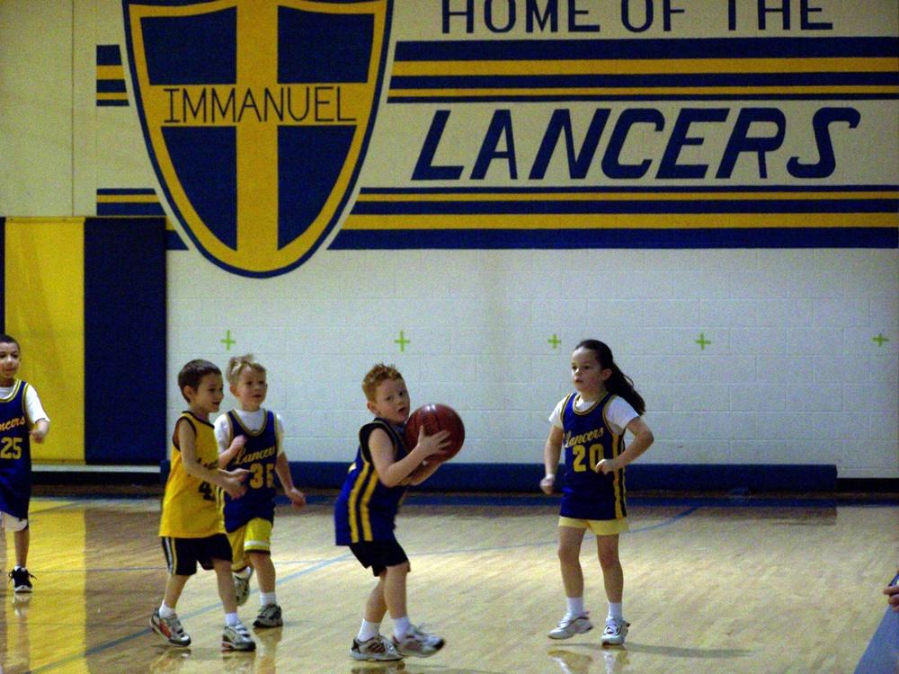 Kindergarten_First Grade Bitty Basketball.jpg