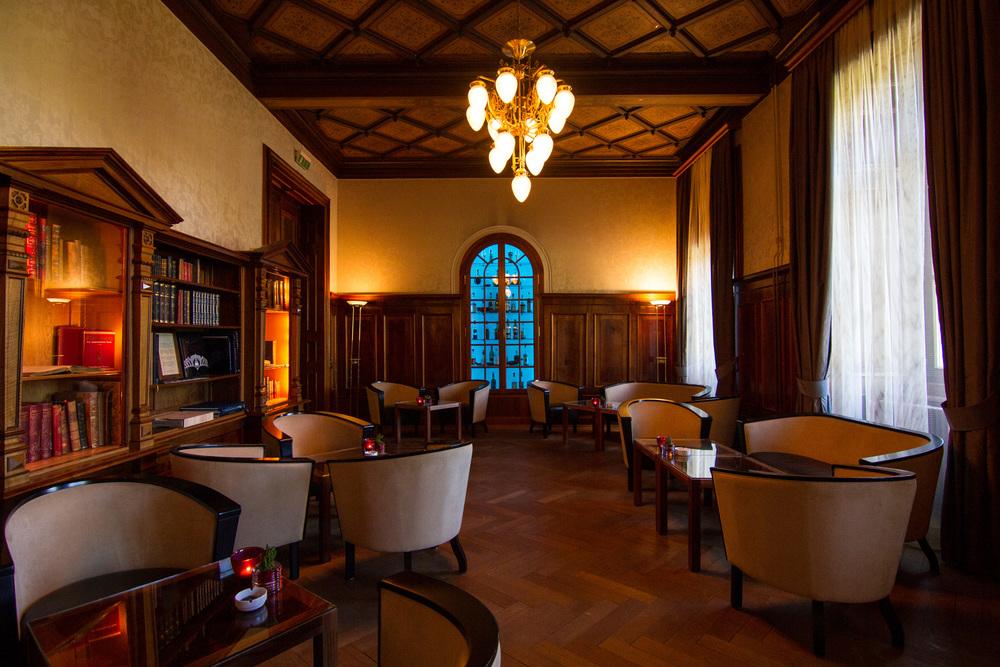 Somkers Lounge
