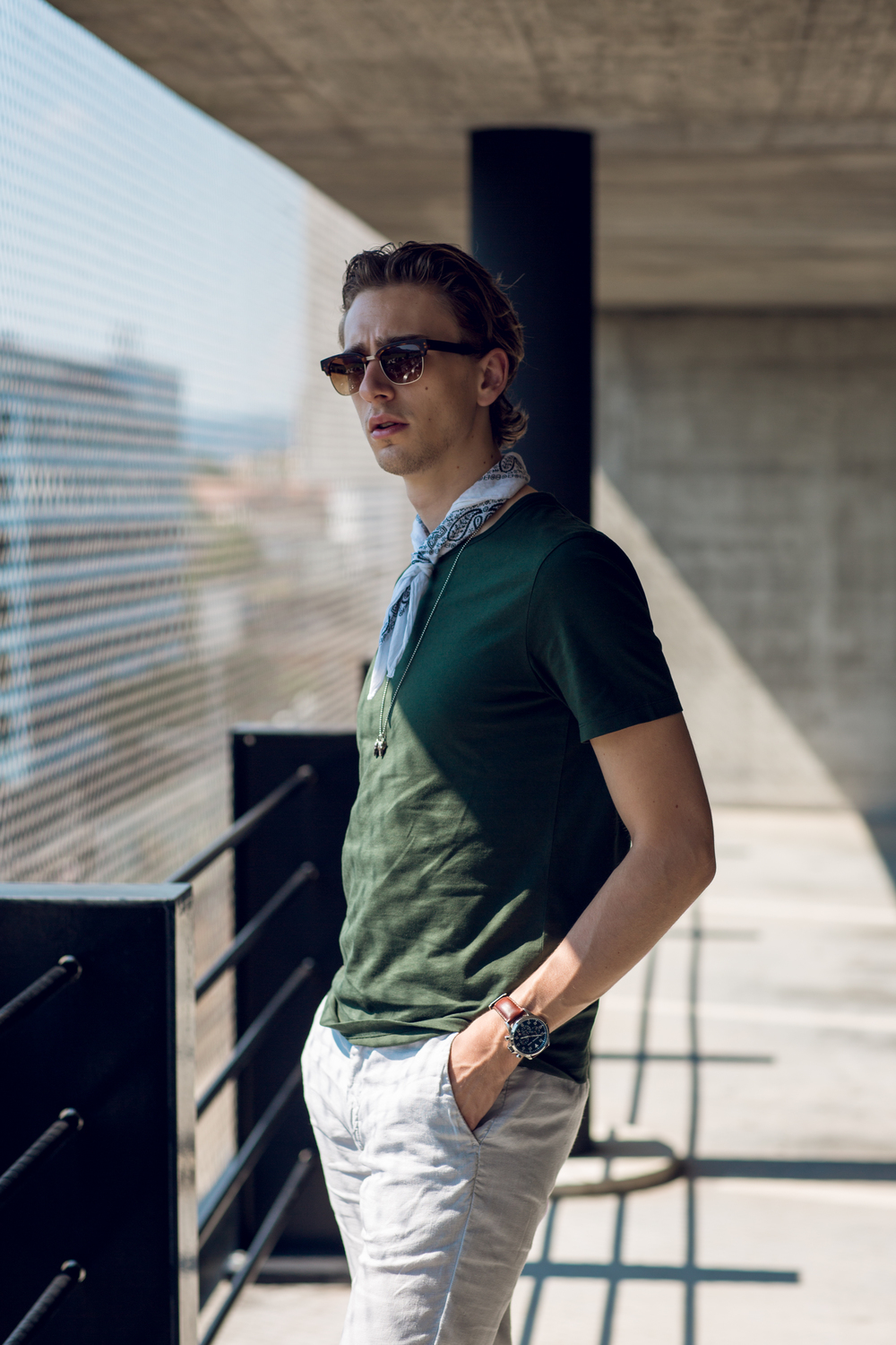 Wearing the perfect dusty green t-shirt by the Swedish label Asket.