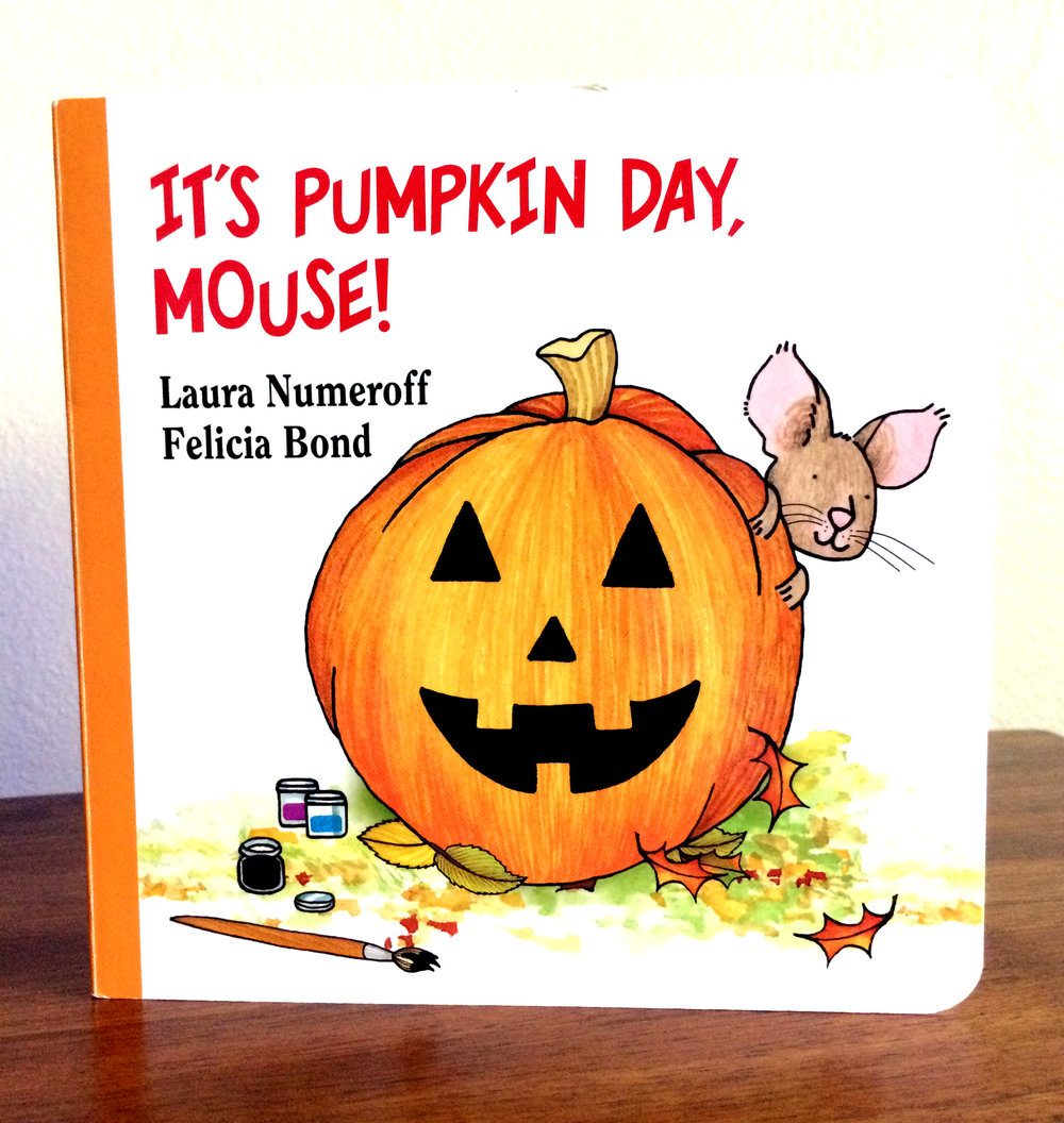 It's Pumpkin Day Mouse edited.jpg