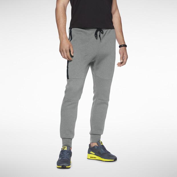 Nike Tech Fleece Sweatpantss $80