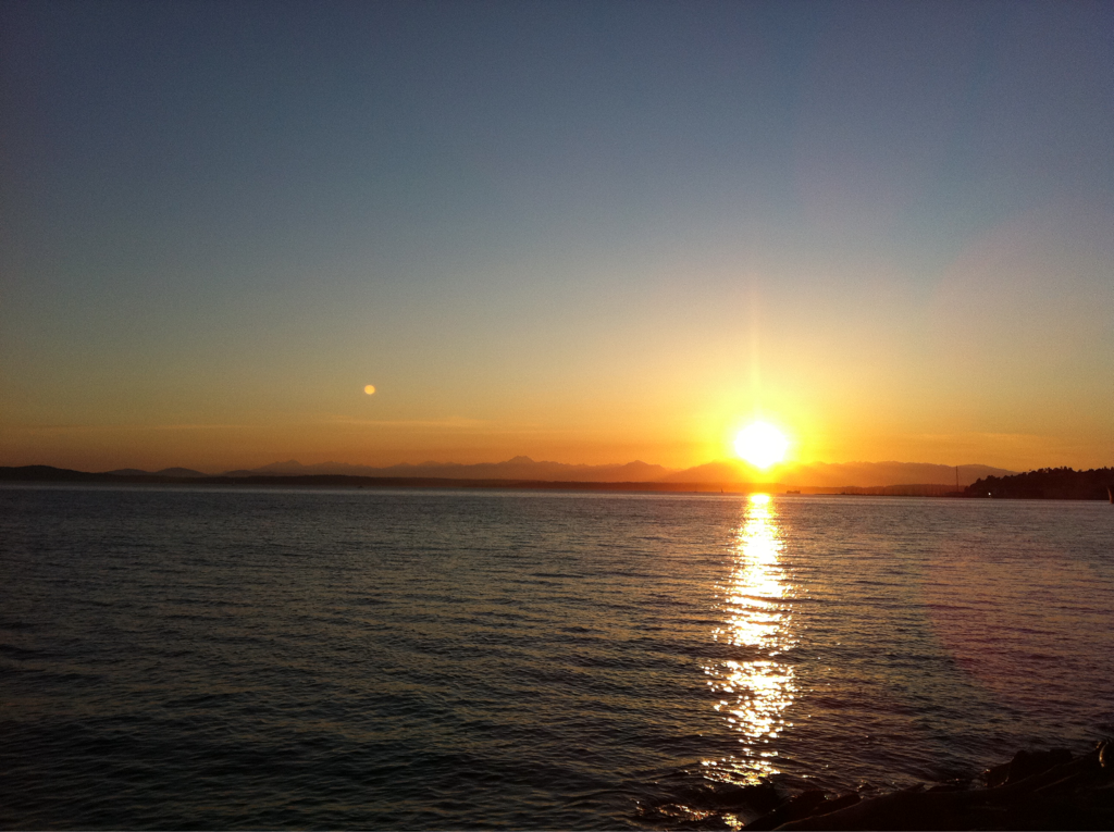 "The Seattle sunset tonight was stunning. ""The heavens declare the glory of God…"" Ps 19:1"