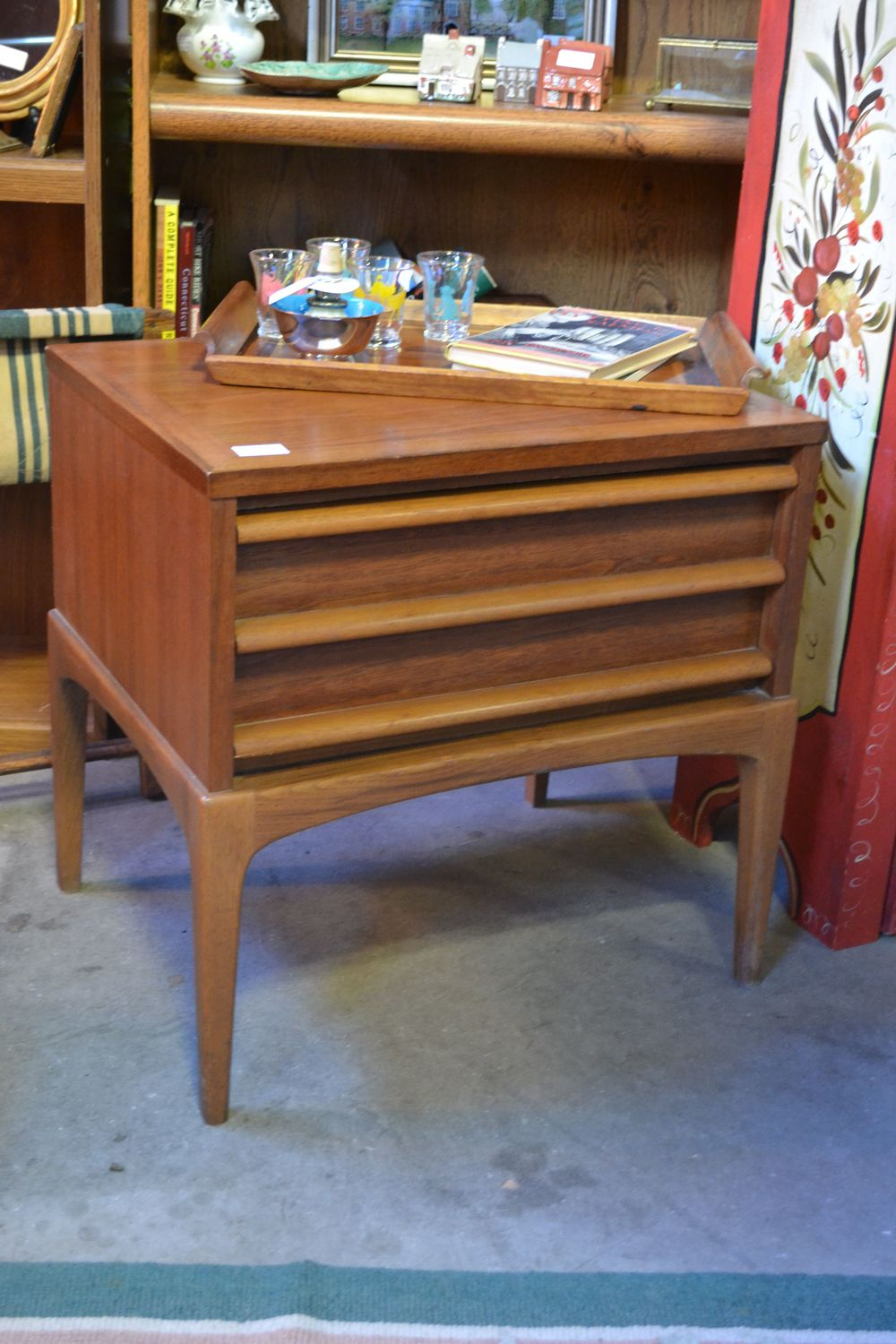 love finding mid-century pieces in perfect condition!