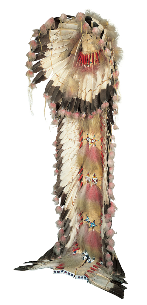 Lakota artist. South Dakota. Eagle feather bonnet, about 1900.Eagle feathers, tanned deer hide, glass beads, horsehair, ermine, wool cloth. 81 1/2 × 31 1/2 × 27 in. (207 × 80 × 68.6 cm.) (installed).Museum purchase Conservation funded by The Alliance of The Speed Art Museum, 1999 1937.68.1