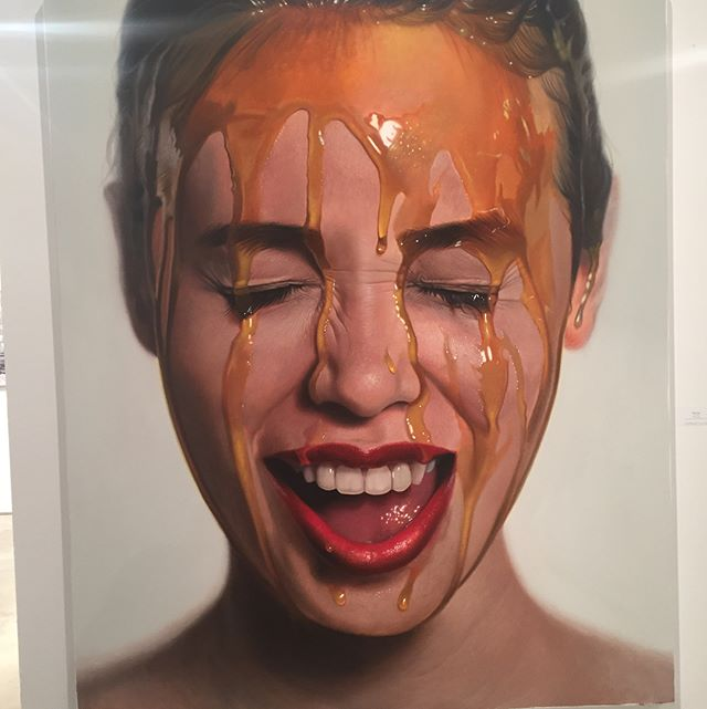 Look closely at this portrait! @artmiamifairs has a nice selection of contemporary photorealistic painting - checkout the level of detail.