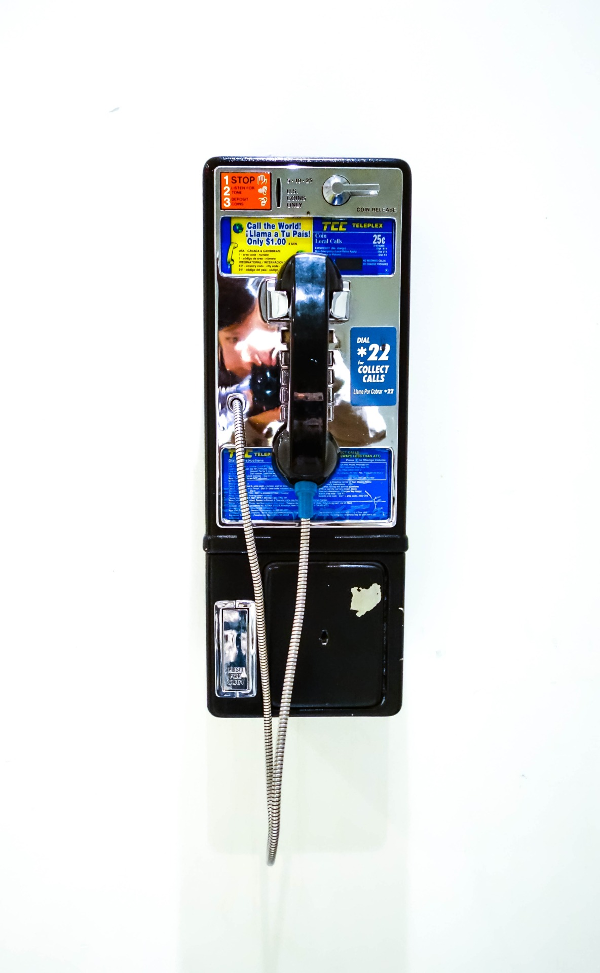 extinct / pay phone in good condition