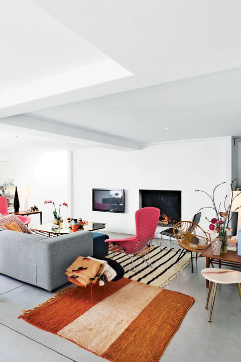rf-apartment-living-room-1.jpg