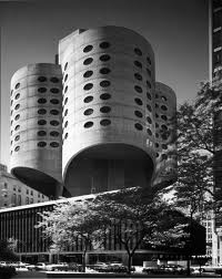Prentice Women's Hospital - Bertrand Goldberg
