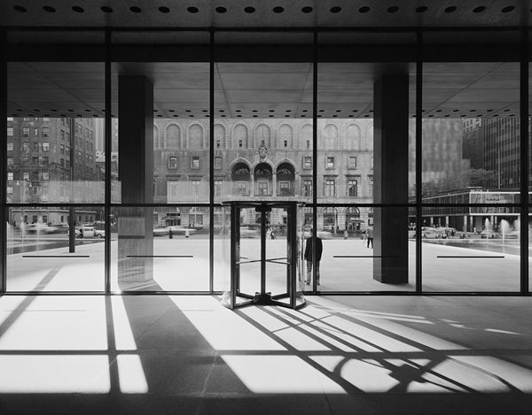 Ezra Stoller photograph: Seagram Building, NY, Mies van der Rohe & Philip Johnson