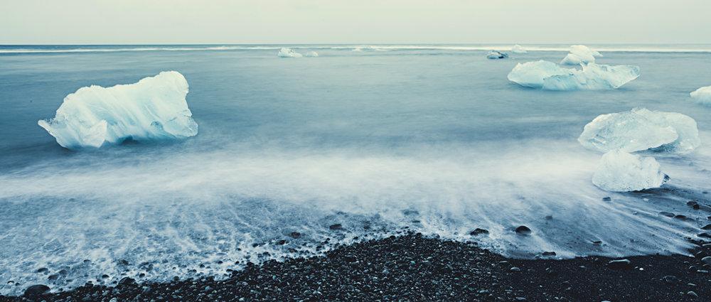 Iceland_iceberg_beach.jpg