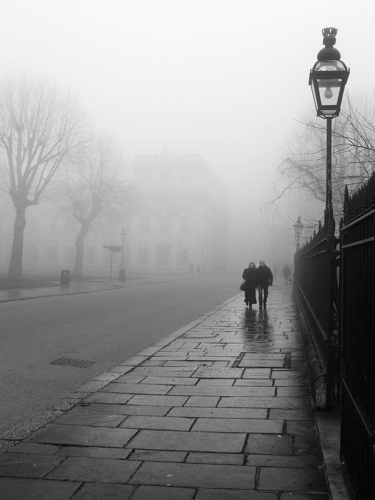 weather-picture-photo-mist-rain-reddeath