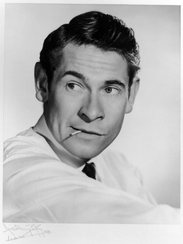 Stanley Baxter (Scottish comedian).