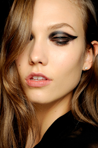 Lanvin-Fall-2012-RTW-Backstage-Beauty-Karlie-Kloss.jpg