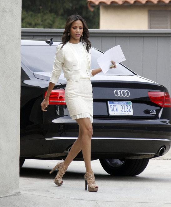 this_weeks_top_10_celebrity_street_style_looks_2011-10-27.jpg