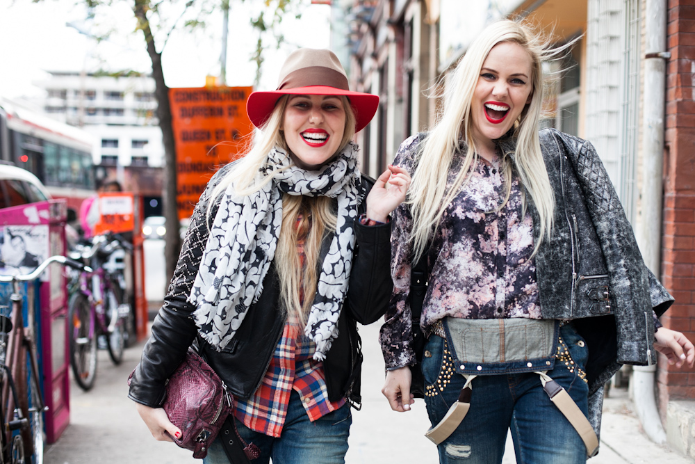Caillianne & Samantha Beckerman.  Beckerman Blog . via  Textstyles .