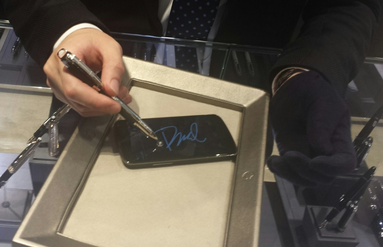Smartphone compatible screen-writer.