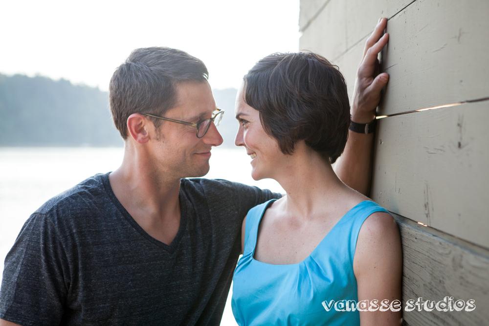 Bainbridge-Seattle-Photographers-Engagement-Couple_007.jpg