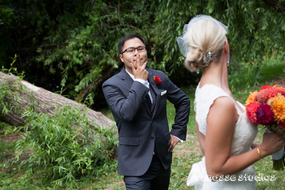 Claire-Jon-Seattle-Wedding-Photographers-Bell-Harbor-022.jpg