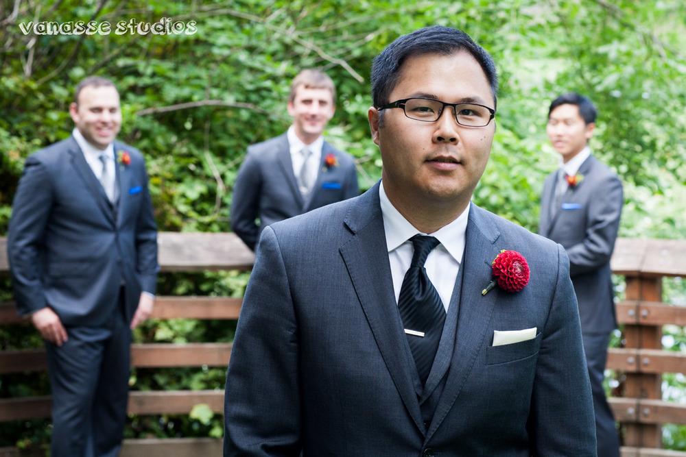 Claire-Jon-Seattle-Wedding-Photographers-Bell-Harbor-015.jpg