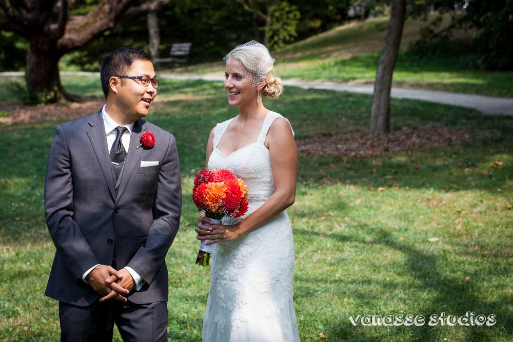 Claire-Jon-Seattle-Wedding-Photographers-Bell-Harbor-017.jpg
