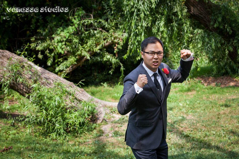 Claire-Jon-Seattle-Wedding-Photographers-Bell-Harbor-018.jpg