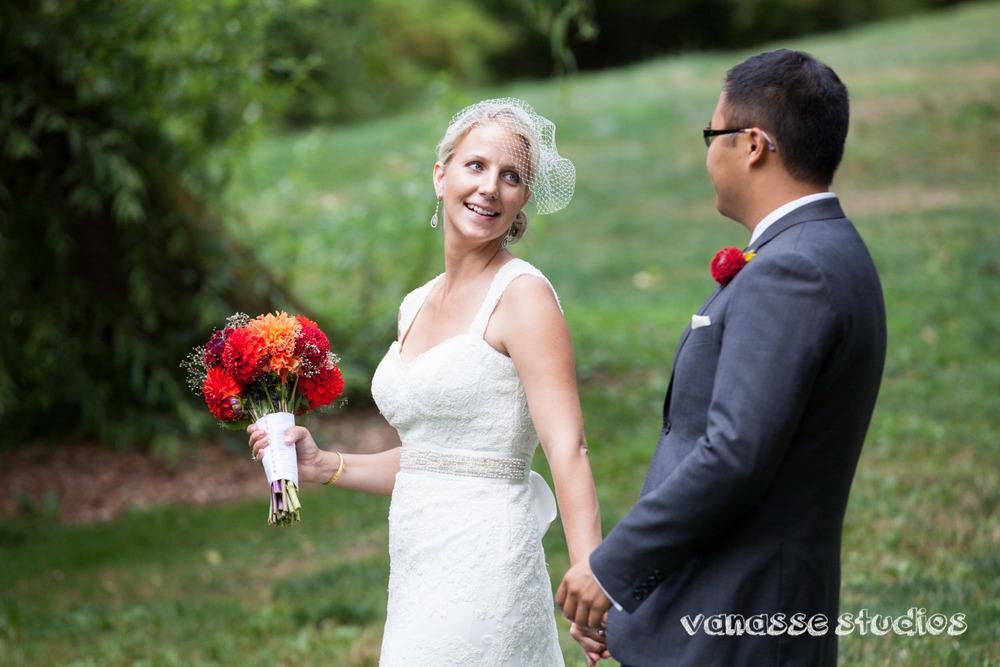 Claire-Jon-Seattle-Wedding-Photographers-Bell-Harbor-023.jpg