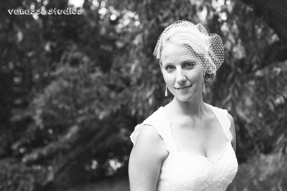 Claire-Jon-Seattle-Wedding-Photographers-Bell-Harbor-029.jpg