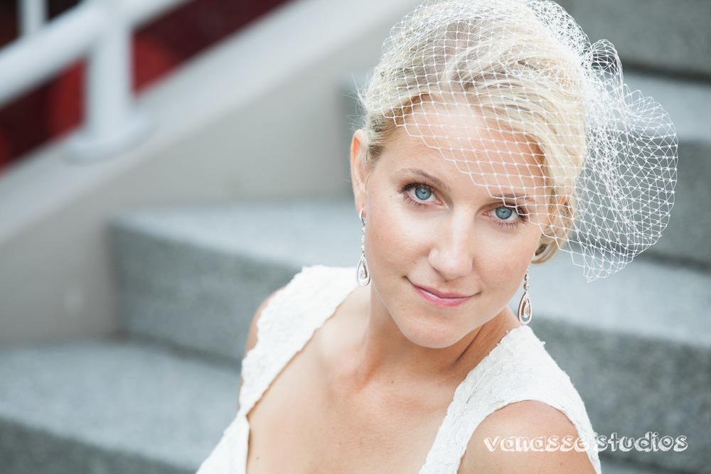 Claire-Jon-Seattle-Wedding-Photographers-Bell-Harbor-034.jpg