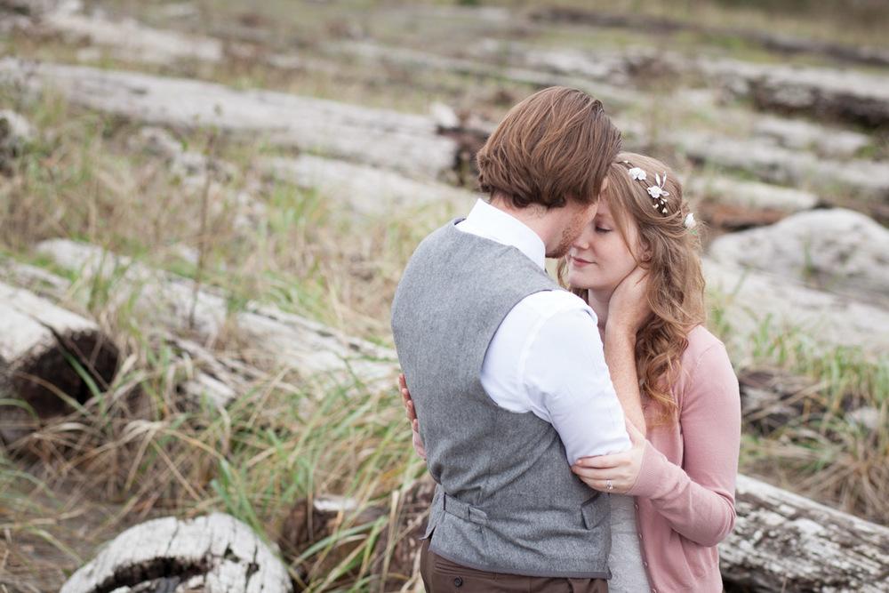 Seattle-Wedding-Photographer_AshleyandJames_15.jpg