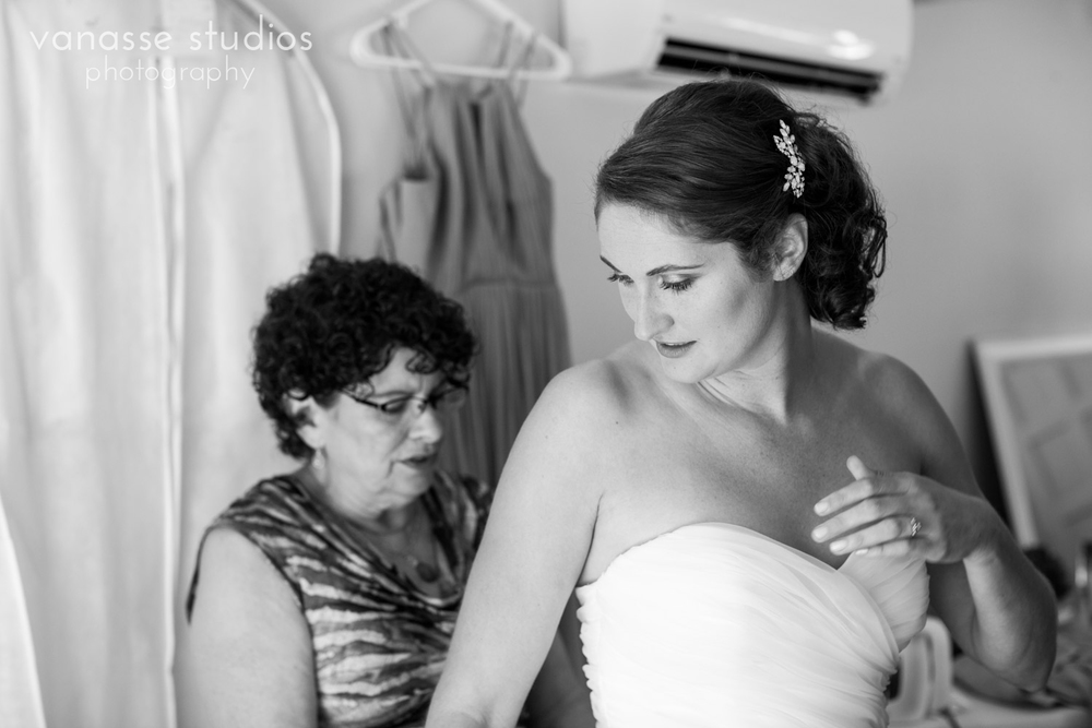 Poulsbo-Wedding-Photographer_ErinandClay_006.jpg