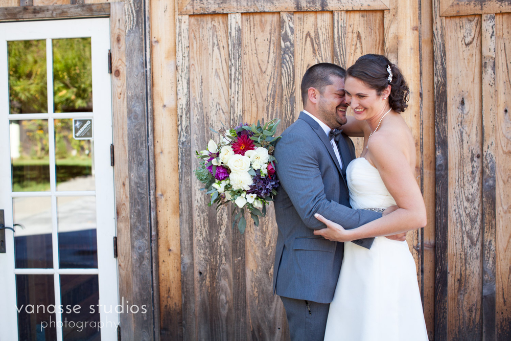Poulsbo-Wedding-Photographer_ErinandClay_008.jpg