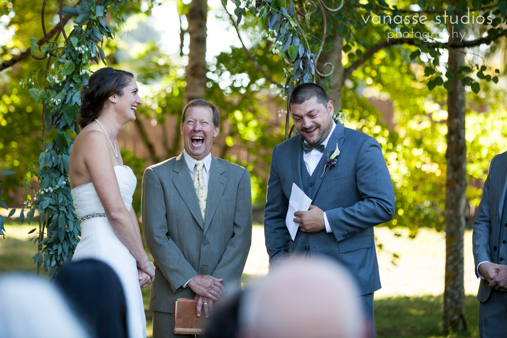 Poulsbo-Wedding-Photographer_ErinandClay_013.jpg