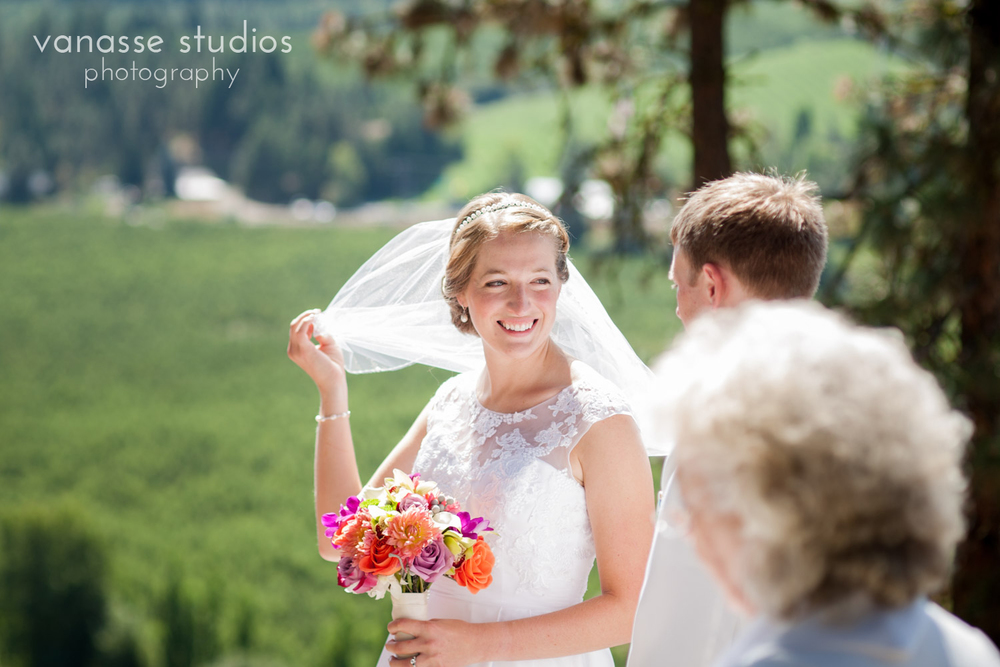 Leavenworth-Wedding-Photographers_AndreaMike_042.jpg