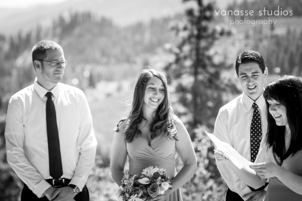 Leavenworth-Wedding-Photographers_AndreaMike_043.jpg