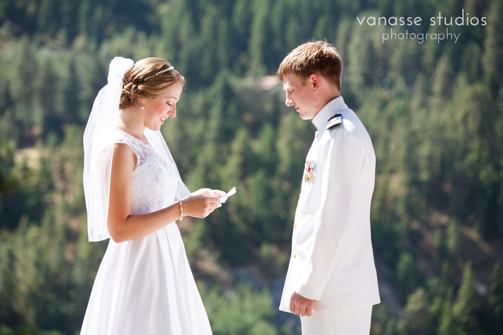 Leavenworth-Wedding-Photographers_AndreaMike_048.jpg