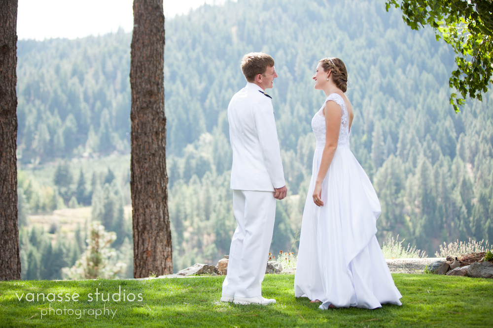 Leavenworth-Wedding-Photographers_AndreaMike_056.jpg