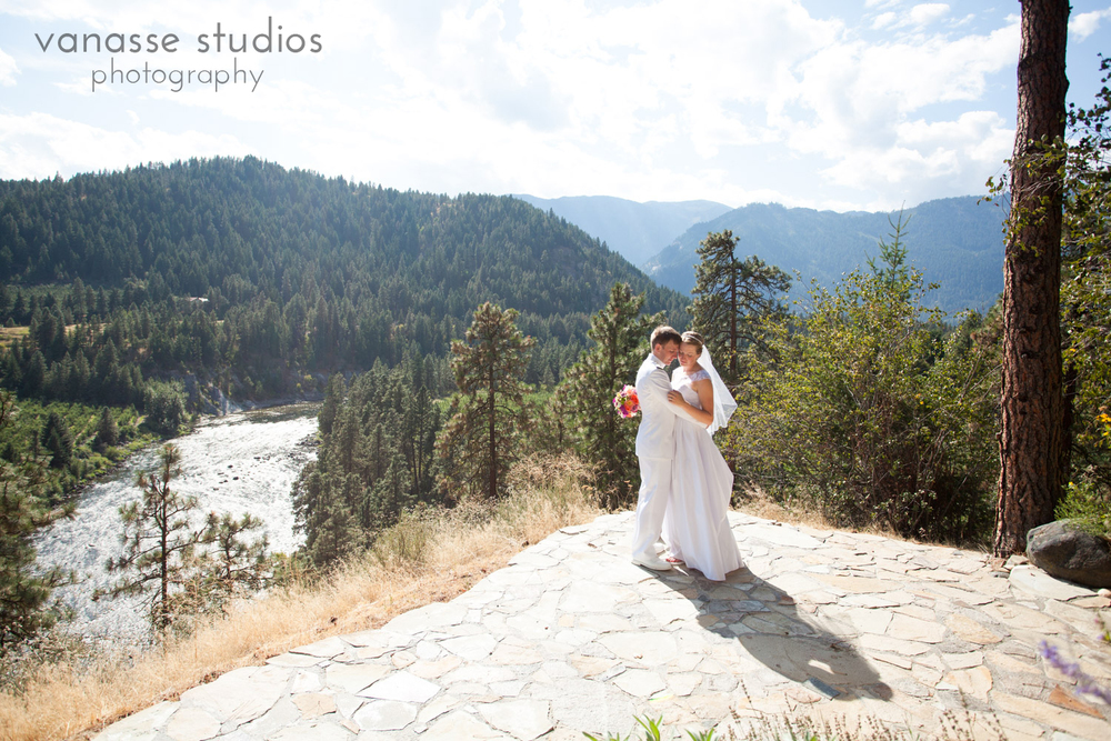 Leavenworth-Wedding-Photographers_AndreaMike_080.jpg