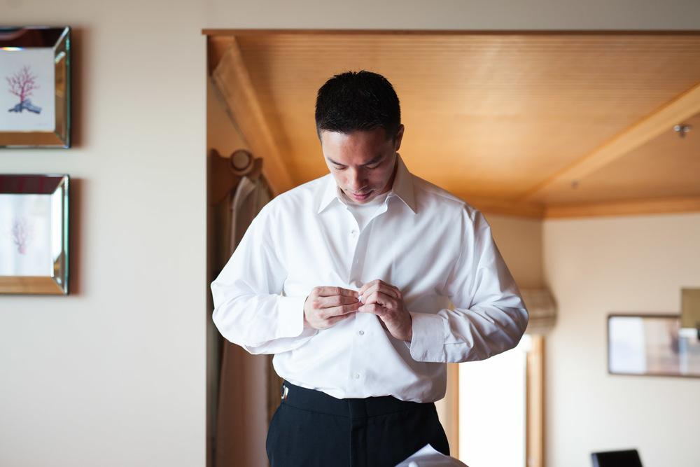 ZenziandCharlesBlog_Seattle-Wedding-Photographers_014.jpg