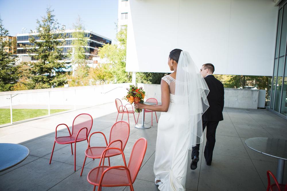 ZenziandCharlesBlog_Seattle-Wedding-Photographers_035.jpg